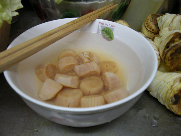 dried scallops 干貝浸泡中