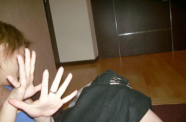 抓姦在床05