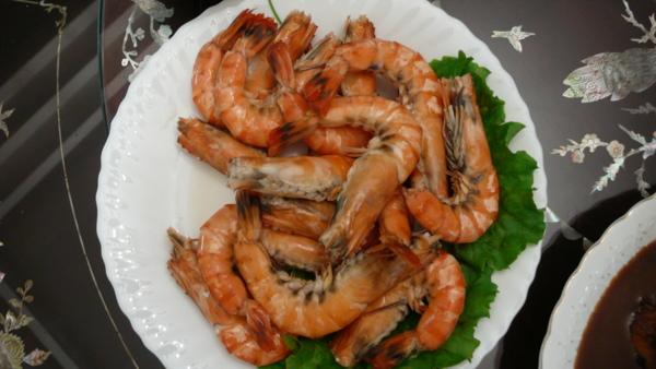 早上進貨市場新鮮的蝦