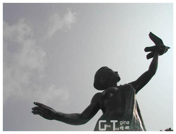 中市豐樂雕塑公園女雕像