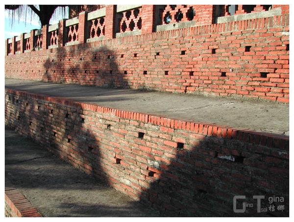 安平古堡牆外