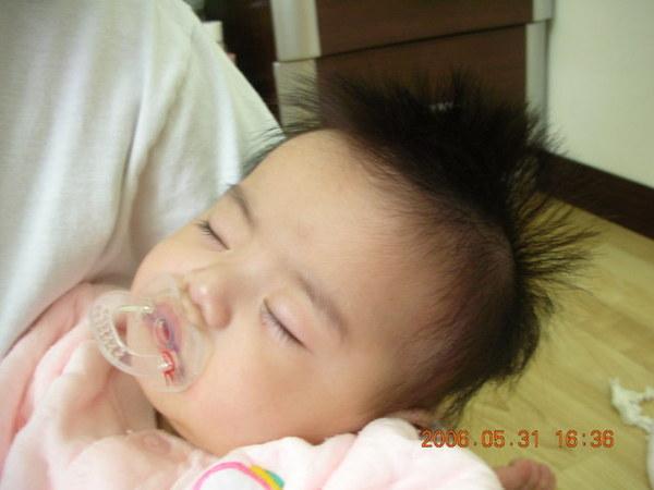 妹睡得好甜