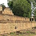 城牆四腳有大象守護