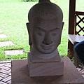 吳哥藝術學校的雕像