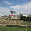 南山牧場旁的電視雷達站