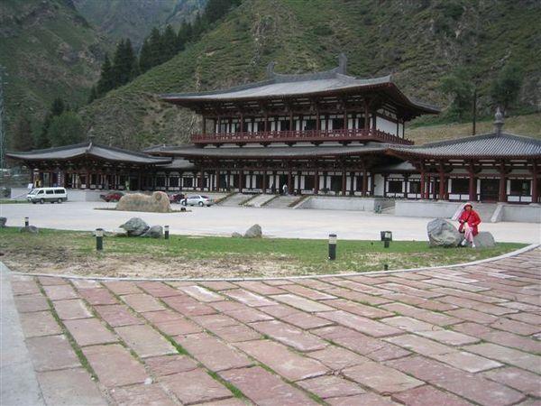 天山腳下的遊客中心