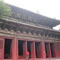 深山中土皇帝所建報恩寺中的大雄寶殿