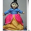 西班牙老太太做的手工娃娃─翻過裙下又一造型