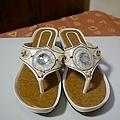 繡珠鞋 臺幣120元