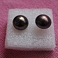 黑珍珠耳環