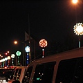 落日大道的街燈