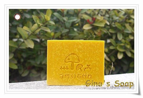 #164 金黃紅茶手工皂