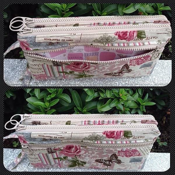 粉紅玫瑰三拉鍊雙層手拿包