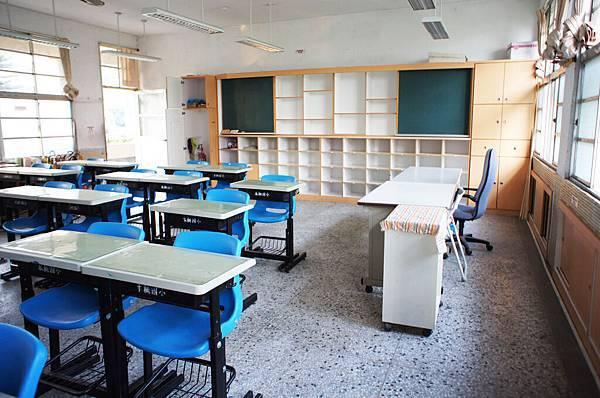 乾淨的新教室.jpg