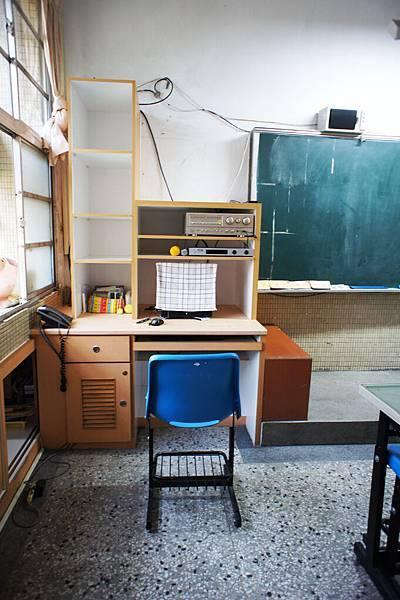 乾淨的新教室4.jpg