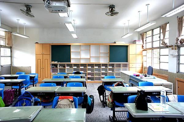 第一週的教室保持很乾淨喔.jpg