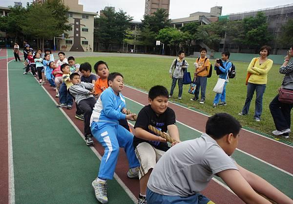 20111019拔河502-2.jpg
