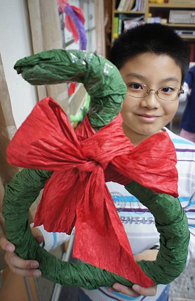20111215耶誕節美勞花圈-23.jpg