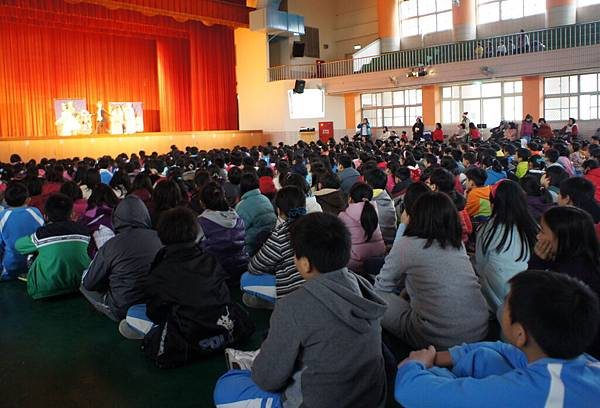20111216彩虹媽媽生命教育音樂劇-2.jpg