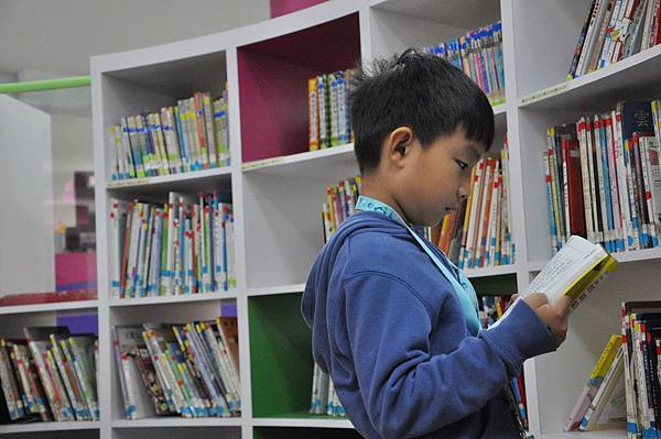 1061027圖書館利用教育第三次2.jpg