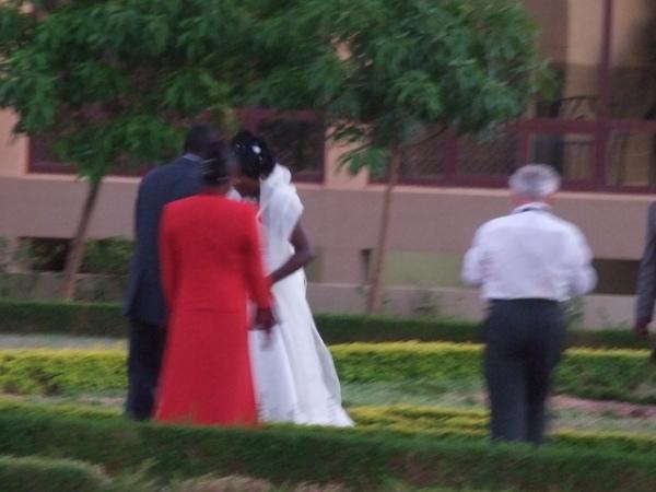 有人結婚.JPG