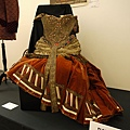 "Prop dress of ""hidden jewels"" from Gaslight sold for 8,000 USD"