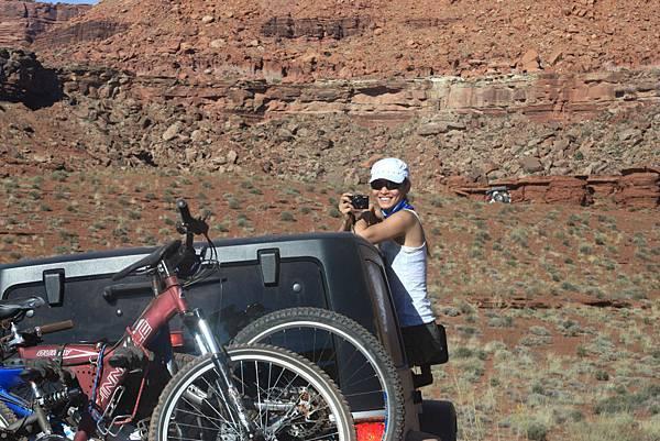Ginger @ Canyonlands 峽谷地國家公園