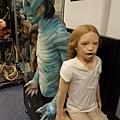 Hellboy -Abe Sapien and some littel girl