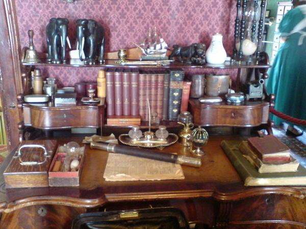 福爾摩斯的書桌