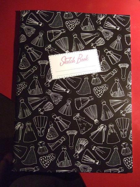 RCA服裝展筆記本