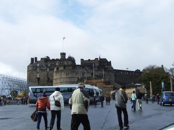 愛丁堡前面的廣場