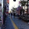歌舞伎町外的街景