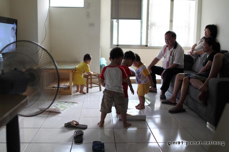 2012-06-09-17-36-23_IMG_6587_DPP