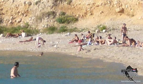 44_Bol_beach.jpg