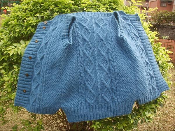北歐阿倫花樣可愛手編毛衣_披肩_小物-开襟背心