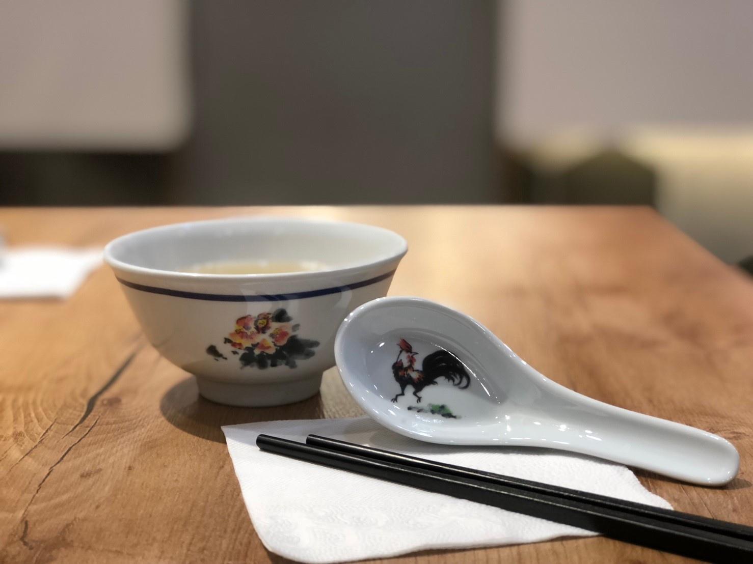 海記醬油雞 台中公益店 雞湯