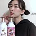 小巴黎 de Balets SPA級香水保濕洗髮精(小粉)—莓果花香、 SPA級香水修復護髮素(小白粉)—莓果花香