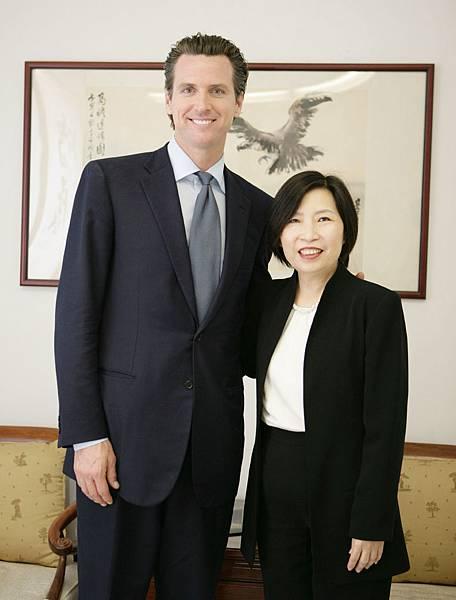 宋晶宜與舊金山紐森市長.jpg