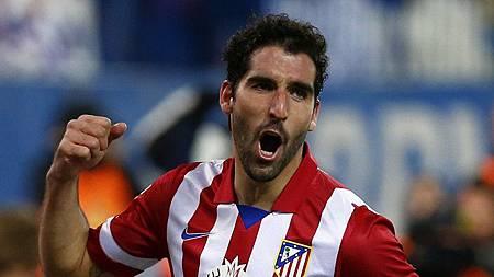Raul-Garcia-celebrando-un-gol.jpg
