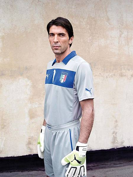 Gigi Buffon at his best