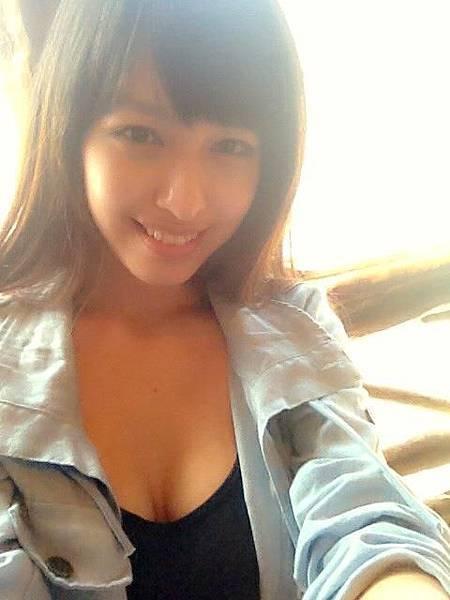 巨乳 正妹 Catherine Chiang