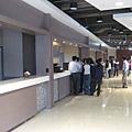 排隊等待中,餐廳的阿桑要加油啦~哪有給客人等這麼久的~