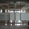從內部要通往咖啡廳的主要入口