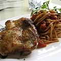義大利香料烤雞配羅勒番茄細扁麵