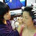 我可愛的化妝師,她是叫charming?還是蝦米啊~?
