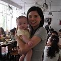 Josephine的兒子&我(謝謝Josephine提供相片)