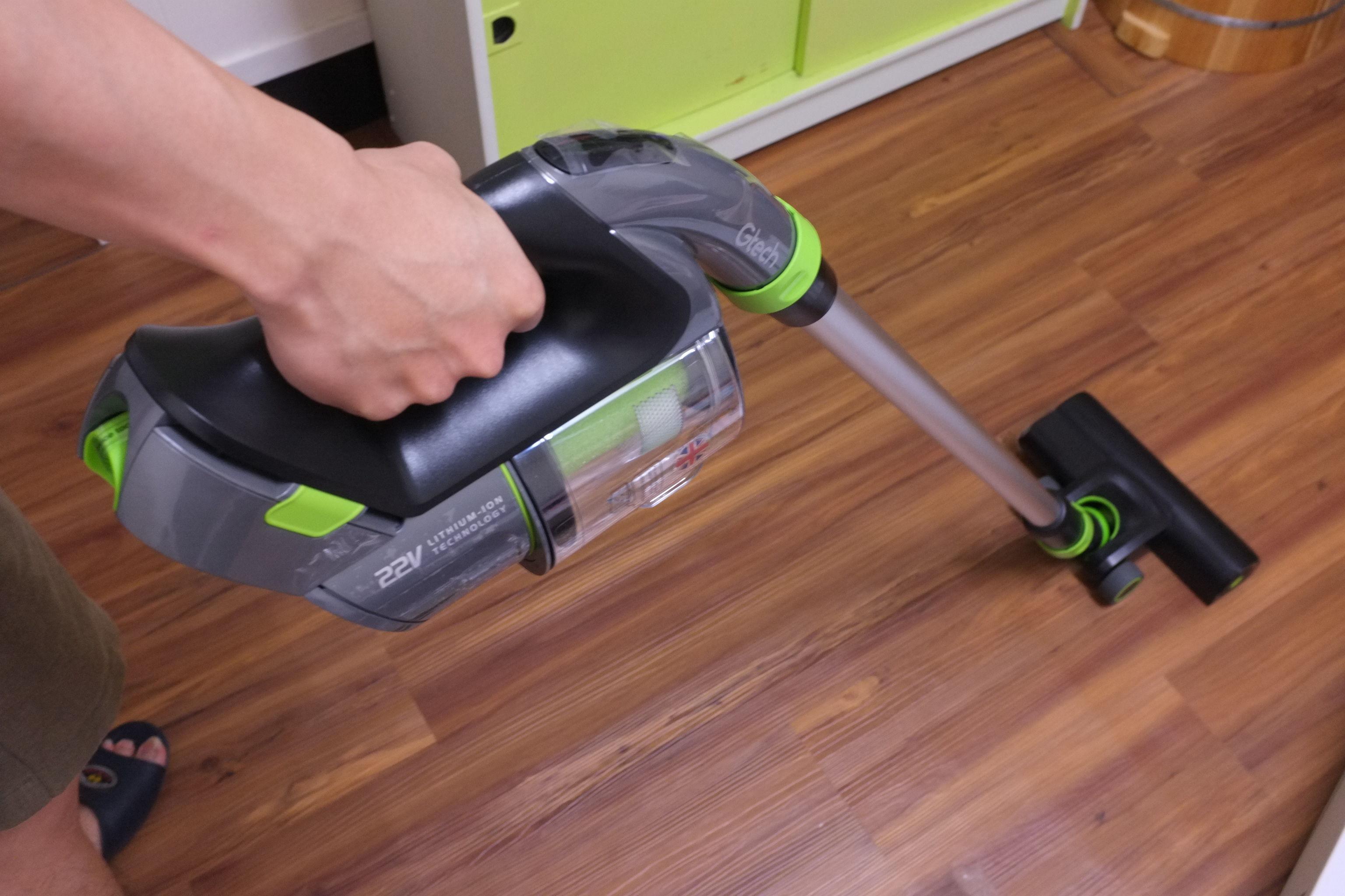 英國小綠無線除蟎手持吸塵器開箱評價