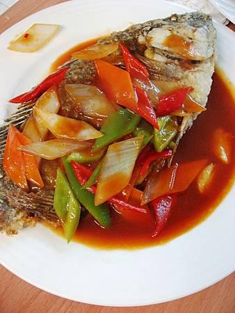 L5   (17)茄汁吳郭魚.JPG