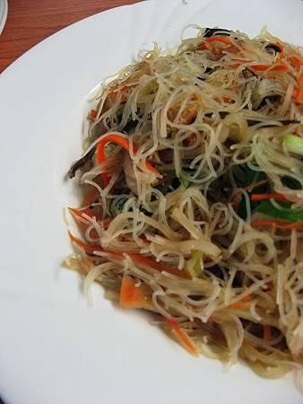 L8  (11)蘿蔔絲蝦米炒米粉.JPG