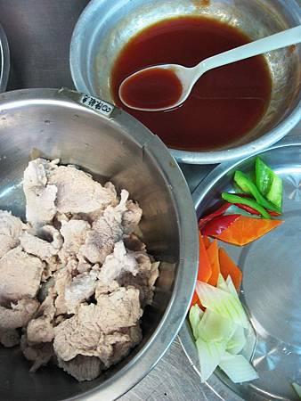 L11 (7)茄汁肉片.JPG